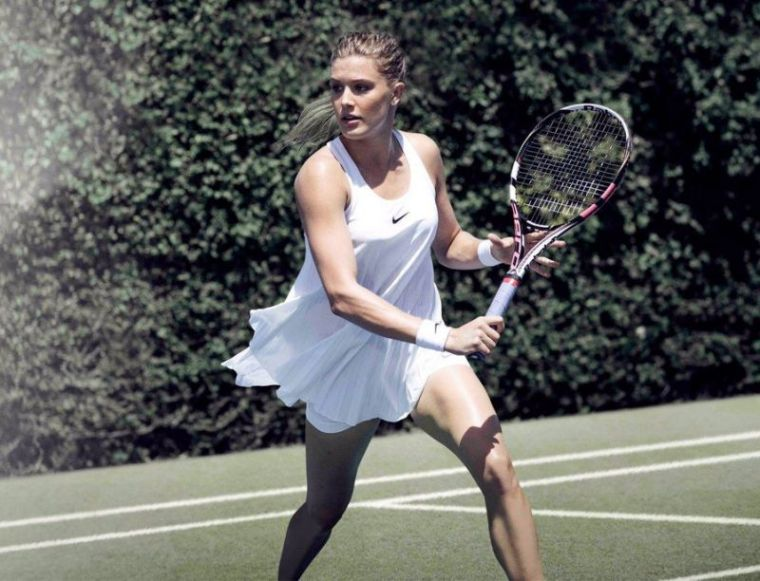 Wimbledon-All-White-Ensemble-Eugenie-Bouchard-Nike-Dress-Nightie-Ad