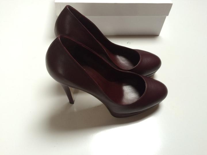 Irene-Costa-Stilettos-AW15-Pumps-burgundy