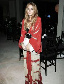Mary Kate Olsen (Photo Credit: Pinterest)