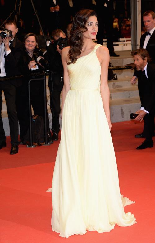 Amal-Clooney-Atelier-Versace-Cartier-Red-Carpet-Festival-de-Cannes-2016-Best-Dressed-Tapis-Rouge-Montée-des-Marches-Vogue