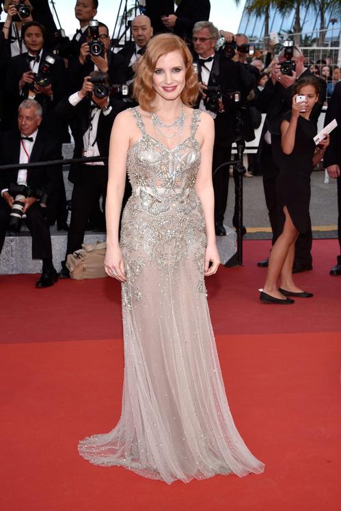 Jessica-Chastain-Alexander-McQueen-Piaget-Red-Carpet-Festival-de-Cannes-2016-Best-Dressed-Tapis-Rouge-Montée-des-Marches-Vogue