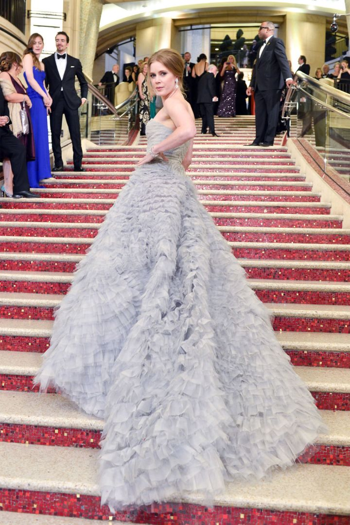 10-things-you-did-not-did'nt-know-about-oscar-de-la-renta-celebrity-celebrities-fan-red-carpet-amy-adams
