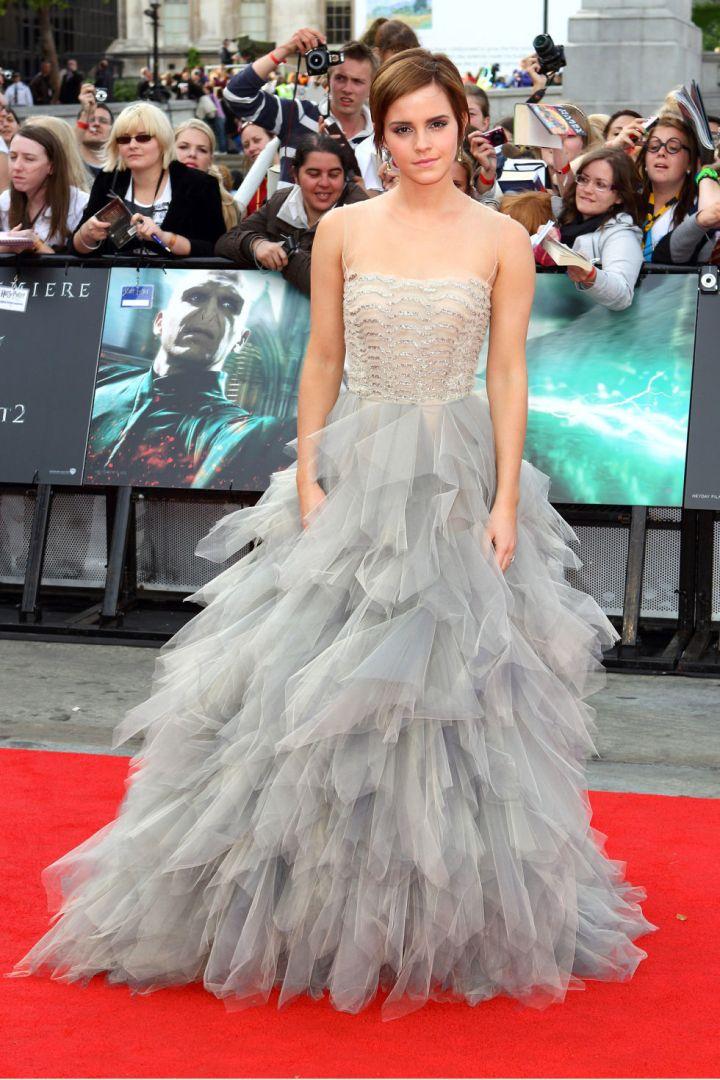 10-things-you-did-not-did'nt-know-about-oscar-de-la-renta-celebrity-celebrities-fan-red-carpet-emma-watson