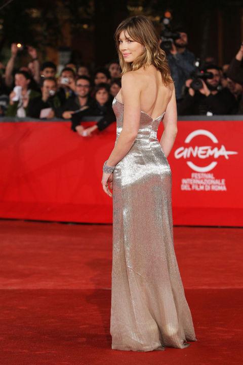 10-things-you-did-not-did'nt-know-about-oscar-de-la-renta-celebrity-celebrities-fan-red-carpet-jessica-biel