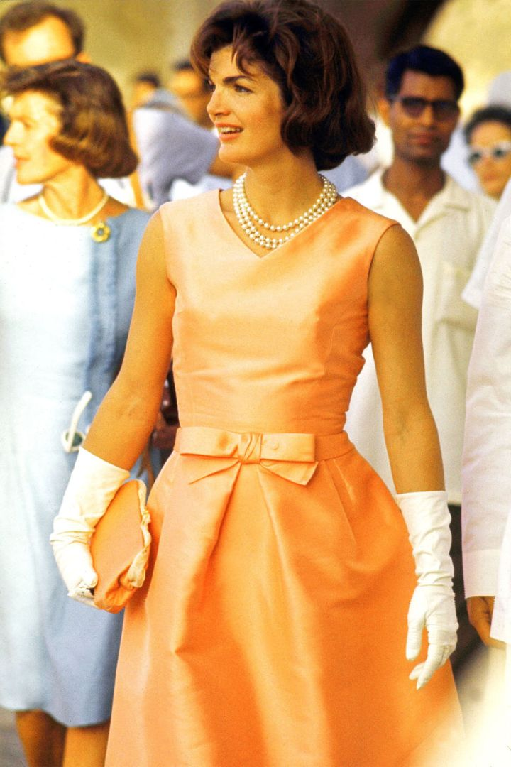 10-things-you-did-not-did'nt-know-about-oscar-de-la-renta-celebrity-celebrities-fan-red-carpet-jacqueline-kennedy-jacky