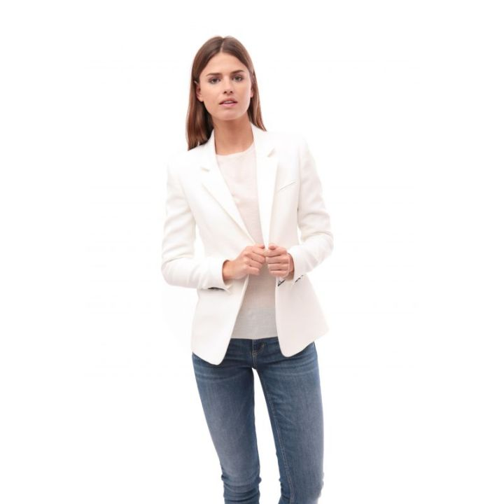 jacket-vinci-off-white-White-Wishlist-Suit-Mer-du-Nord-Belgian-Brand-Business-Meeting-Work-Appropriate