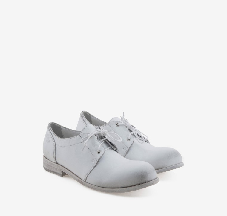 White-Wishlist-Shoes-Flats-OXS-Italian-Brand-Business-Meeting-Work-Appropriate