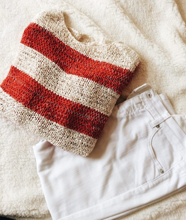 Brand-Belgian-MerduNord-Mer-du-Nord-IKKS-Ralph-Lauren-RalphLauren-Tommy-Hilfiger-Tommy-Hilfiger-mon-style-my-personal-la-marinière-white-blue-striped-tee-sweater-tricot-jean-paul-gaultier-jpg-rayé-stack-pile-A6-sweater-white-jeans-look-outfit