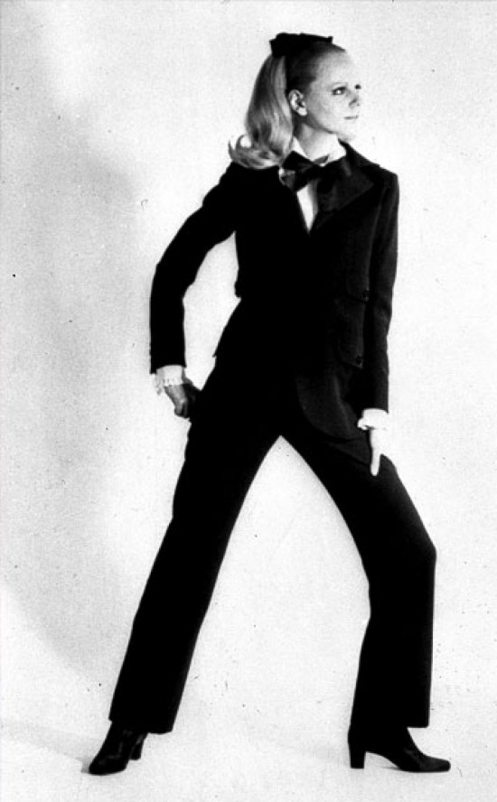 tailleur-tuxedo-smoking-ysl-10-Things-You-Didn't-Did-not-know-about-YSL-Yves-Saint-Laurent