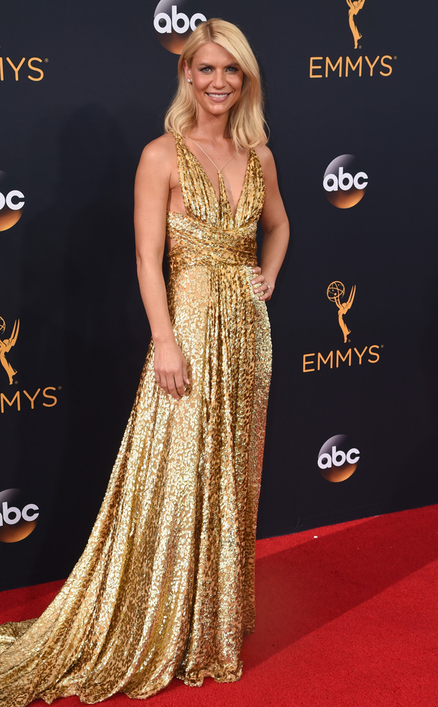 emmys-2016-red-carpet-arrivals-tapis-rouge-awards-my-top-10-20-claire-danes-schiaparelli