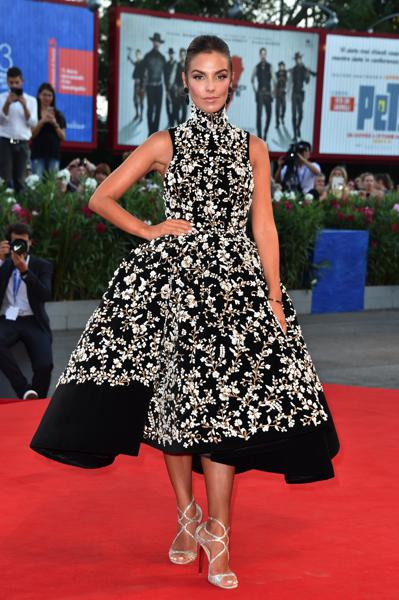 mostra-venise-festival-2016-cinema-elle-italy-look-red-carpet-jewels-bijoux-dress-alessia-reato-best-dressed-my-top-20