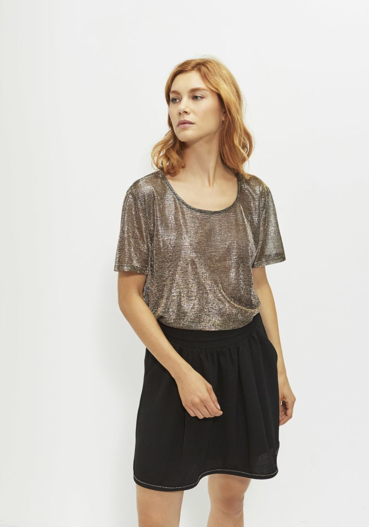 ikks-tee_shirt-gold-femme-belgian-fashionista-french-brand-silver-techno-times-trend-autumn-winter-automne-hiver-2016-2017-aw1617-tendance-tendances-trends
