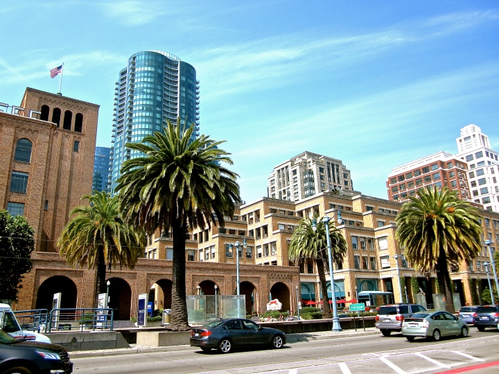san-francisco-bay-sfo-sf-embarcadero-sentinel-building-victorian-golden-gate-oackland-bridge-bridges-union-square-pier-39-33-painted-ladies-saks-silicon-valley-firefox-mozilla-baseball-at&t-park-att-sentinel-green-architecture-california-usa