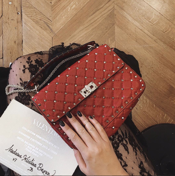 london-fashion-week-lfw-milan-paris-pfw-lfw-big-trends-instagram-bloggers-kristina-bazan-maison-valentino-invitation