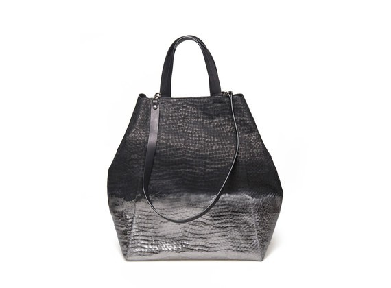vicmatie-vic-matie-italian-accessory-shopping-bag-belgian-fashionista-french-brand-silver-techno-times-trend-autumn-winter-automne-hiver-2016-2017-aw1617-tendance-tendances-trends