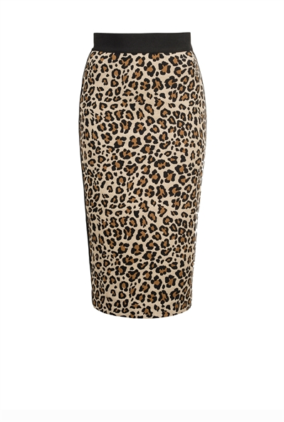 pinko-italian-brand-skirt-mid-length-guepard-belgian-fashionista-french-brand-into-the-wild-animal-print-trend-autumn-winter-automne-hiver-2016-2017-aw1617-tendance-tendances-trends
