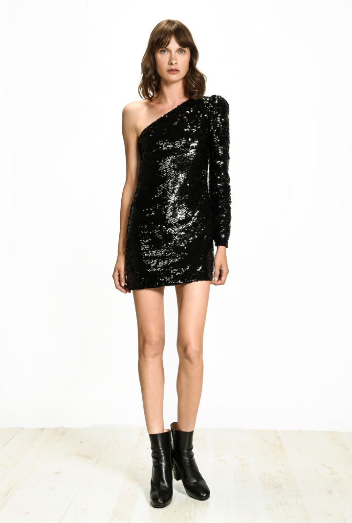 festive-season-outfit-black-asymmetrical-sequined-paillettes-dress-holidays-christmas-new-year-eve-belgian-brand-italian-pinko