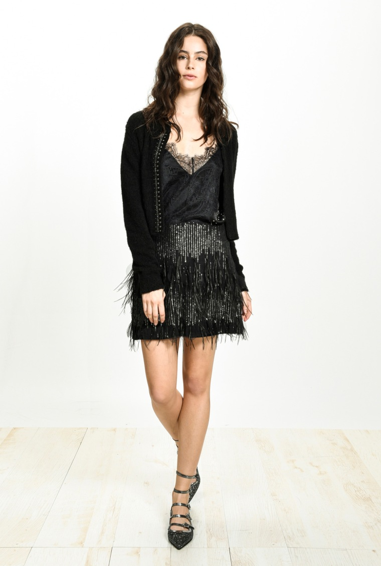 festive-season-outfit-black-mini-short-skirt-tulle-black-holidays-christmas-new-year-eve-belgian-brand-italian-pinko