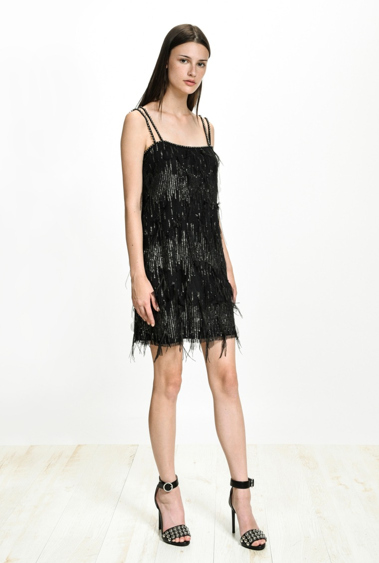 festive-season-outfit-black-tulle-20s-inspired-sequined-paillettes-dress-holidays-christmas-new-year-eve-belgian-brand-italian-pinko