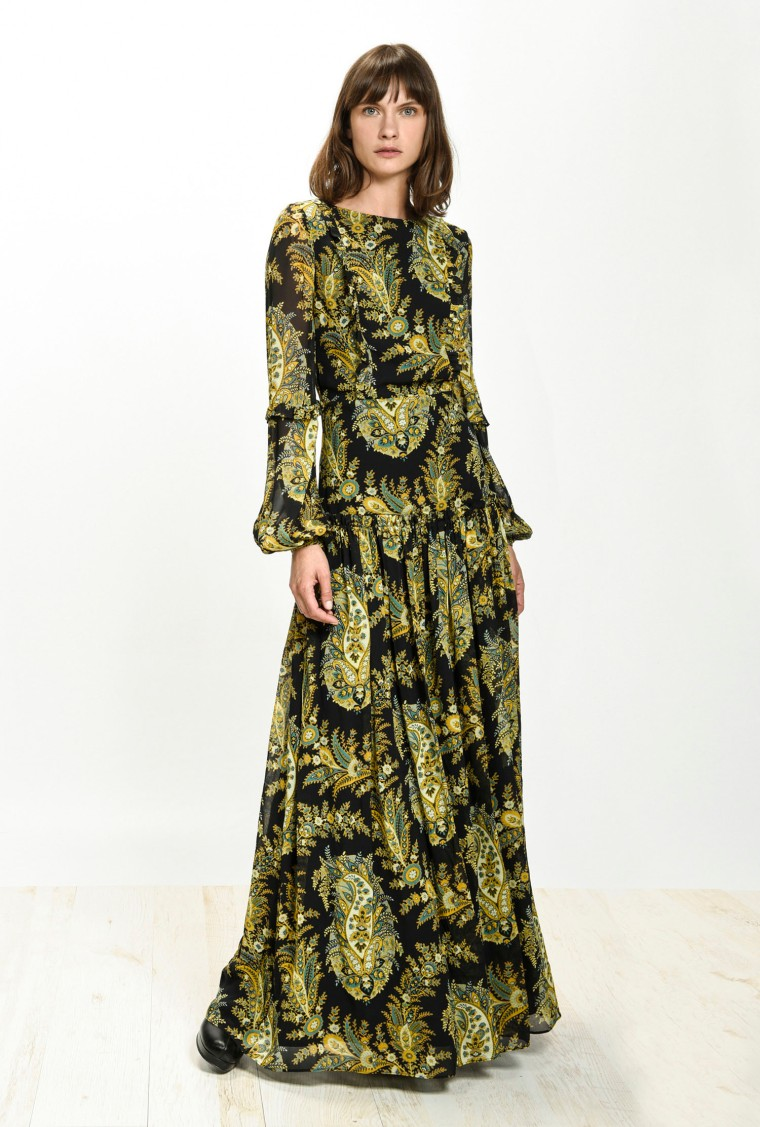 festive-season-outfit-maxi-elegant-georgette-print-paisley-sequined-paillettes-dress-holidays-christmas-new-year-eve-belgian-brand-italian-pinko