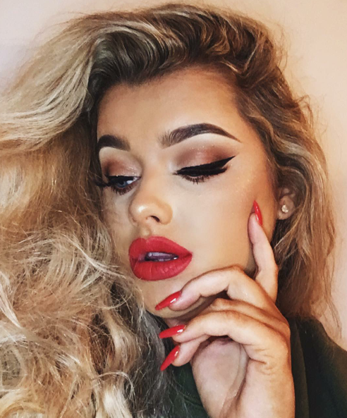rachel-leary-youtuber-makeup-nye-red-lip-holiday-glam-drugstore-eyeshadow-palette-holiday-make-up-makeup-merry-christmas-happy-new-year-eve