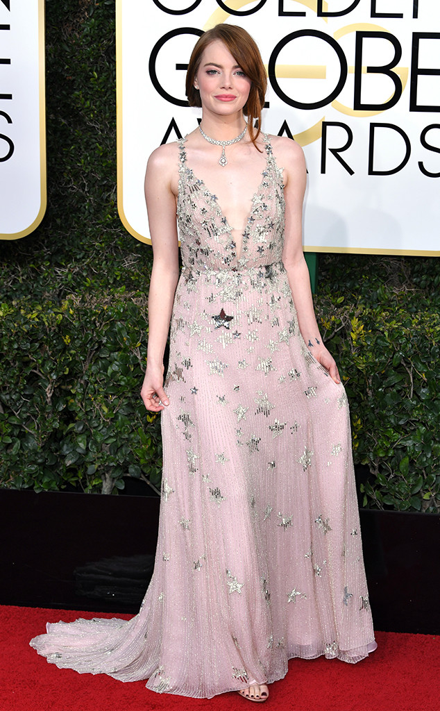 golden-globes-2017-best-looks-top-10-actresses-actrices-emma-stone-la-la-land-valentino-jimmy-choo-shoes-chaussures-tiffany-co-jewels-bijoux-best-meilleure-actrice