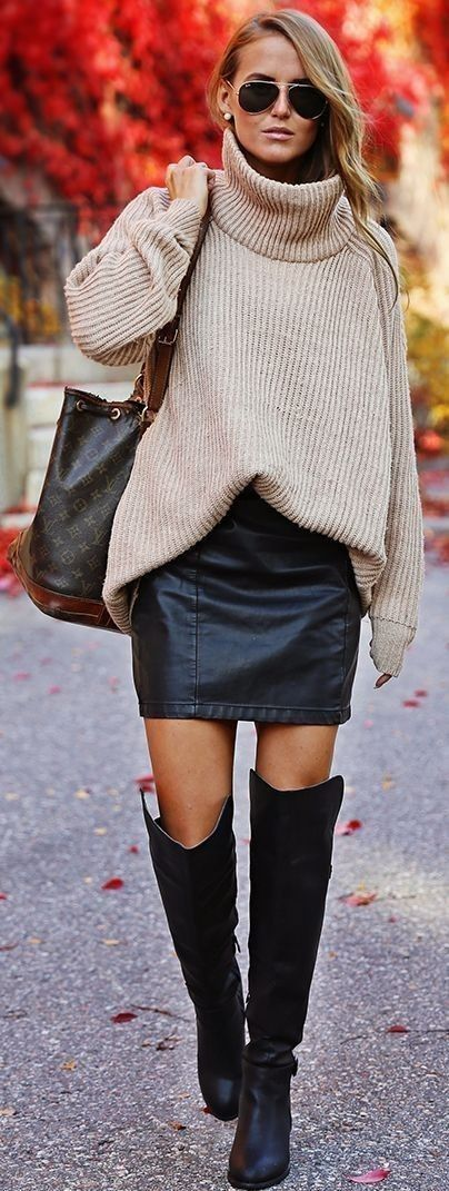 79f32dc17 how-to-wear-style-oversized-sweater-pinterest-fashion -blogger-blogueuse-mode-fashionista-pinterest-pretty-combo-look-leather- skirt-cuissardes-over-the-knee- ...