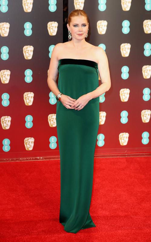 bafta-2017-uk-awards-cérémonie-season-movies-films-la-la-land-best-dressed-top-10-red-carpet-arrivals-arrivées-tapis-rouge-amy-adams-tom-ford-david-webb-jewels-bijoux.jpg