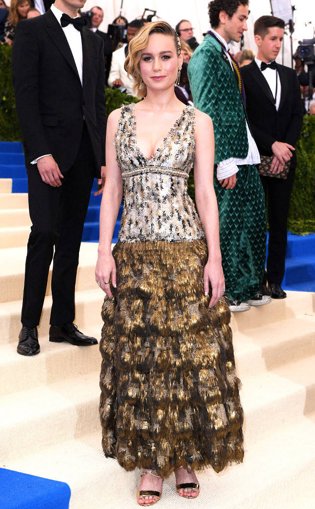 met-gala-2017-every-red-carpet-look-you-need-to-see-fashion-celebrities-celebrity-eonline-online-extravagance-high-arrivals-Brie-Larson-chanel-top-20-best-dressed.jpg