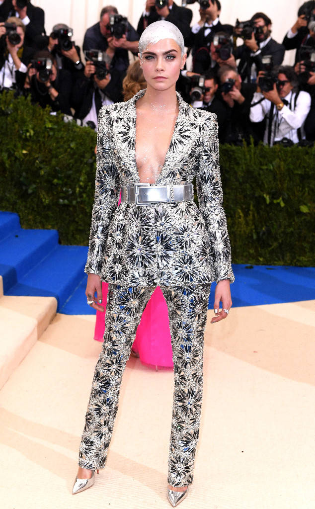 met-gala-2017-every-red-carpet-look-you-need-to-see-fashion-celebrities-celebrity-eonline-online-extravagance-high-arrivals-Cara-Delevingne-chanel-top-20-best-dressed.jpg