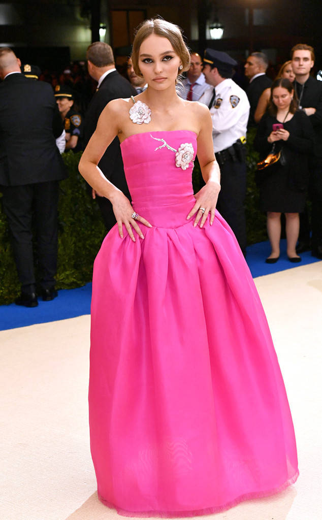 met-gala-2017-every-red-carpet-look-you-need-to-see-fashion-celebrities-celebrity-eonline-online-extravagance-high-arrivals-Lily-Rose-Depp-chanel-top-20-best-dressed.jpg