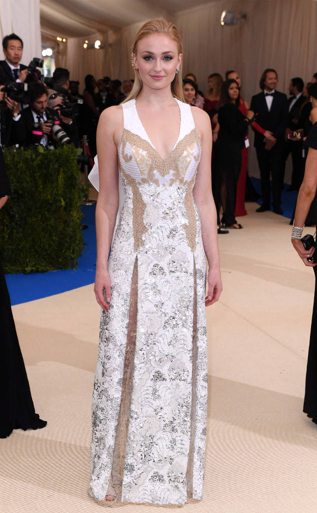 met-gala-2017-every-red-carpet-look-you-need-to-see-fashion-celebrities-celebrity-eonline-online-extravagance-high-arrivals-met-gala-2017-arrivals-sophie-turner-louis-vuitton-repossi-jewellery-top-20-best-dressed.jpg