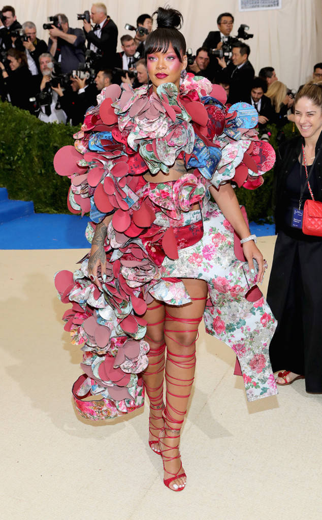 met-gala-2017-every-red-carpet-look-you-need-to-see-fashion-celebrities-celebrity-eonline-online-extravagance-high-arrivals-rihanna-comme-des-garcons-le-vian-dvani-rings-top-20-best-dressed.jpg