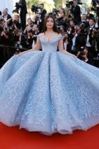 Aishwarya Rai in Michael Cinco (Photo Credit: Vogue)