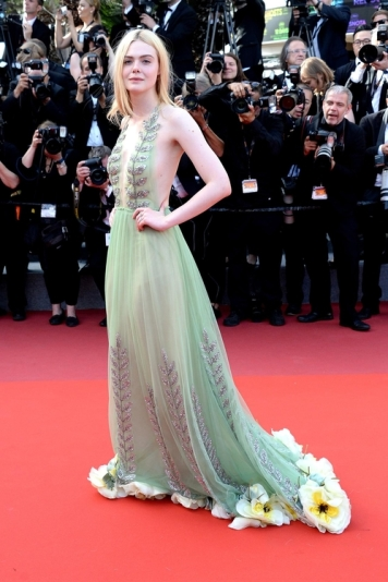 Elle Fanning in Gucci (Photo Credit: Vogue)