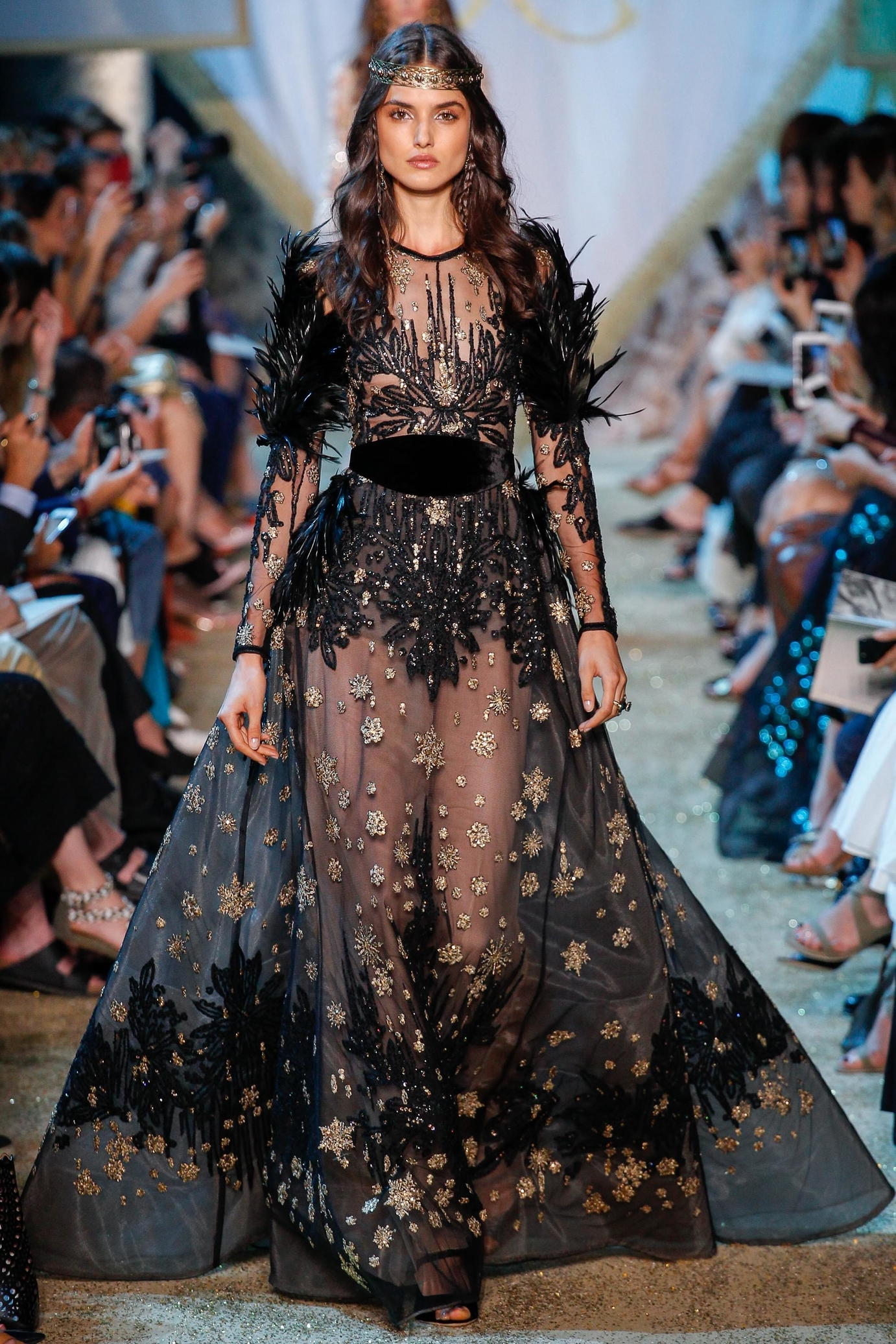 c8d31675 Haute Couture Fashion Week Automne Hiver Autumn Fall Looks ...
