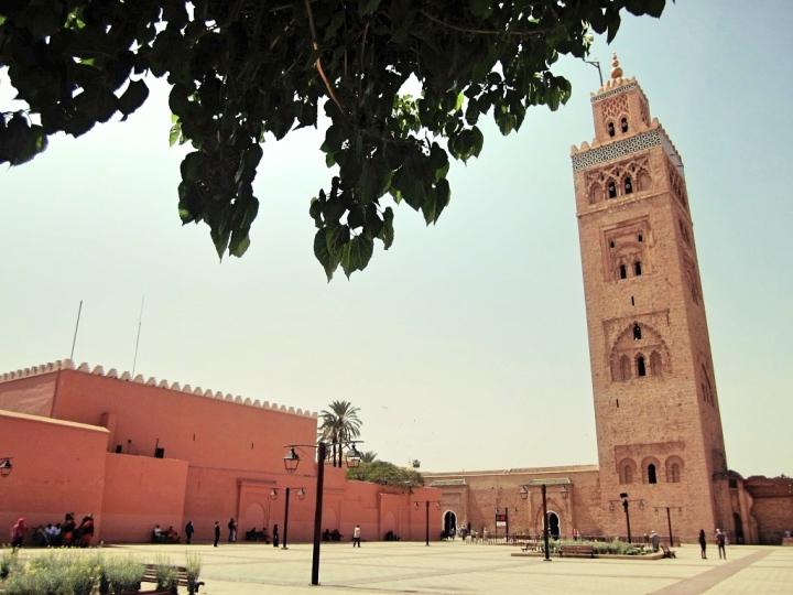 Marrakech-Photo-Diary-Journal-Belgian-Fashion-Travel-Blogger-Yves-Saint-Laurent-Maroc-Morocco-Jardin-Majorelle-Garden-medina-mosquée-koutoubia-ville-rouge-red-city-mosque.jpg