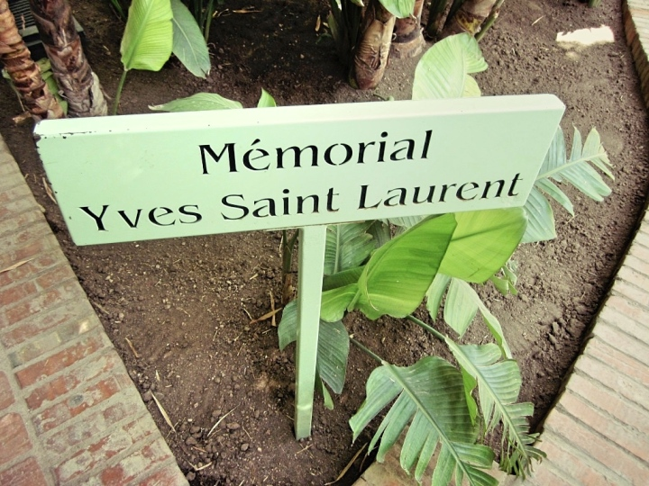 Marrakech-Photo-Diary-Journal-Belgian-Fashion-Travel-Blogger-Yves-Saint-Laurent-Maroc-Morocco-Jardin-Majorelle-Garden-memorial.jpg