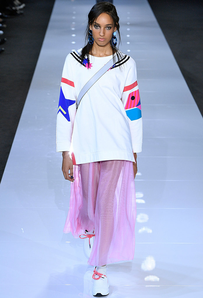 lfw-london-fashion-week-blogger-report-spring-summer-2018-ss18-fashionista-trends-names-infuencers-moments-models-ladies-division-instyle.jpg