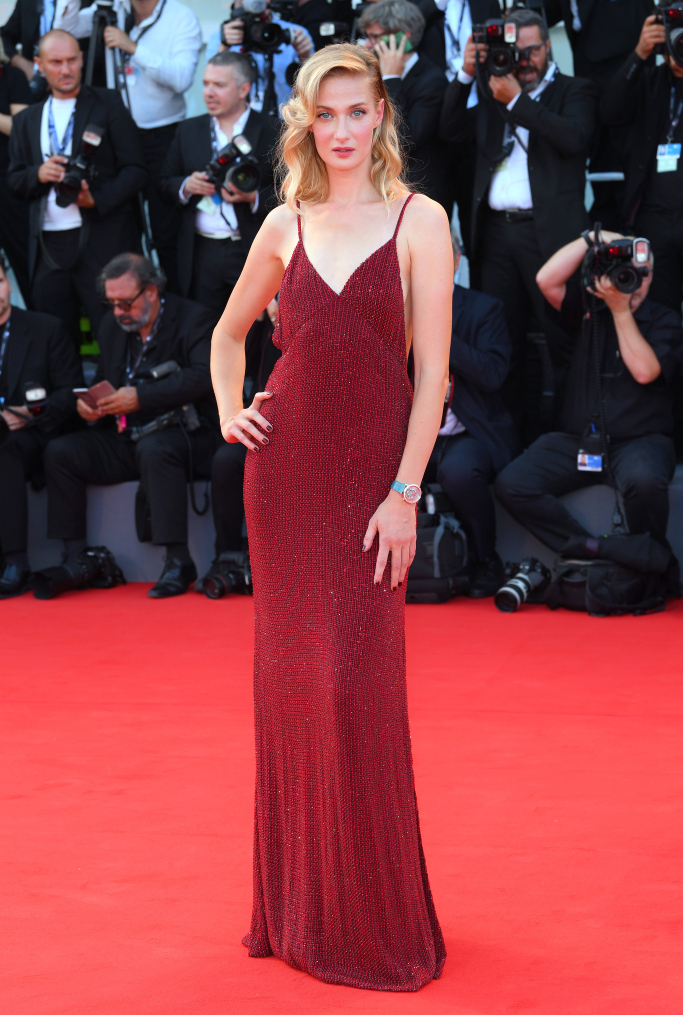 mostra-venise-venice-film-festival-red-carpet-arrivals-celebrity-style-gowns-gorgeous-dress-couture-haute-fashion-blogger-best-dressed-top-10-20-vogue-jewels-jewellery-ball-eva-riccobono-tommy-hilfiger-wwd