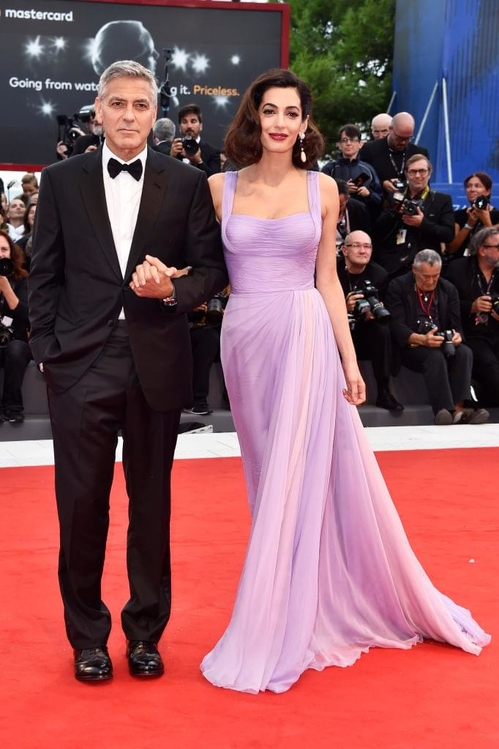 mostra-venise-venice-film-festival-red-carpet-arrivals-celebrity-style-gowns-gorgeous-dress-couture-haute-fashion-blogger-best-dressed-top-10-20-vogue-jewels-jewellery-ball-george-cloone