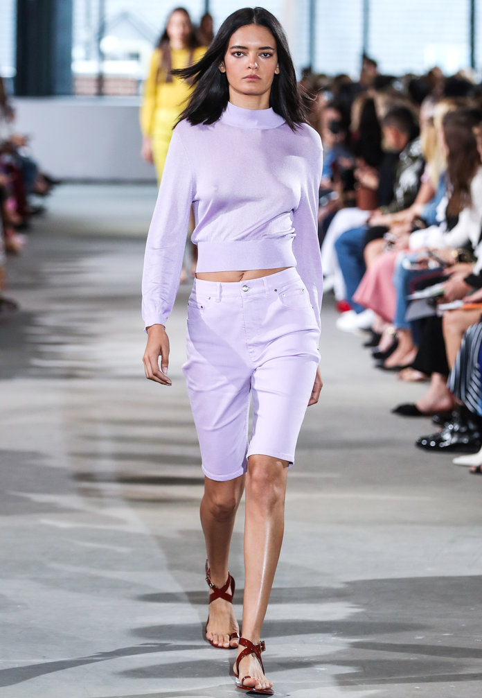 nyfw-new-york-fashion-week-blogger-report-spring-summer-2018-fashionista-trends-names-infuencers-moments-models-september-puffy-sleeves-fresh-lavender-instyle.jpg