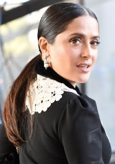 mfw-milan-italian-fashion-week-blogger-report-camera-nazionale-della-moda-italiana-spring-summer-2018-fashionista-trends-names-infuencers-moments-models-front-row-salma-hayek-gucci