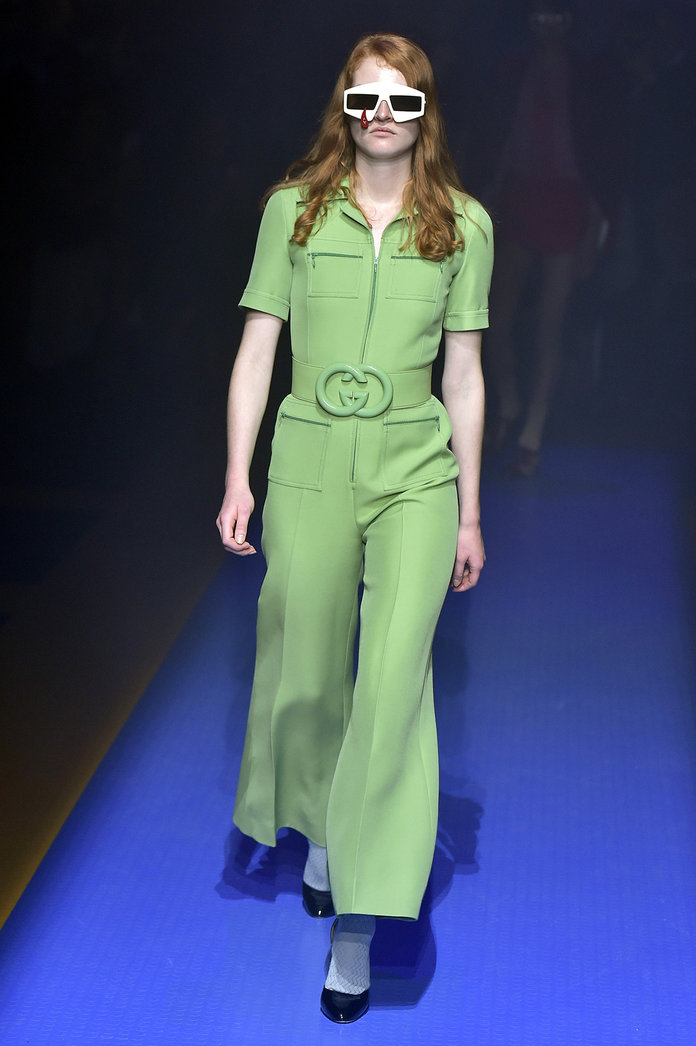 mfw-milan-italian-fashion-week-blogger-report-camera-nazionale-della-moda-italiana-spring-summer-2018-fashionista-trends-names-infuencers-moments-models-front-row-trends-seventies-70s-reboot.jpg