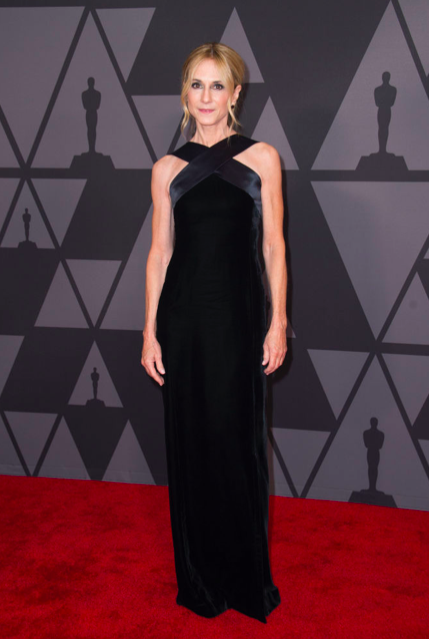 Governors-Awards-2017-Best-dressed-red-carpet-arrivals-season-top-10-hollywood-november-actors-cinema-movie-star-celebrity-style-fashion-blogger-belgian-haute-couture-holly-hunter