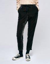 The Vaeli pants (Photo Credit: Bellerose)