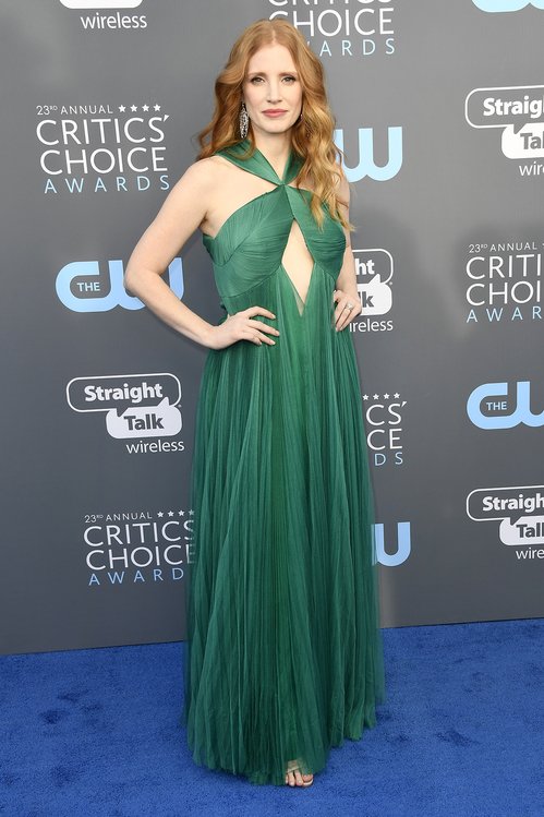 crtics-choice-awards-season-black-times-up-2018-feminist-equality-best-dressed-red-carpet-look-gorgeous-beautiful-actress-talented-strong-women-jessica-chastain-vionnet.jpg