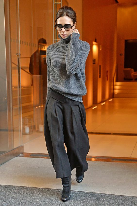 how-to-dress-work-appropriately-pinterest-sweater-weather-skirt-tights-long-coat-warm-cosy-fashion-blogger-stylish-black-culottes-grey-victoria-beckham