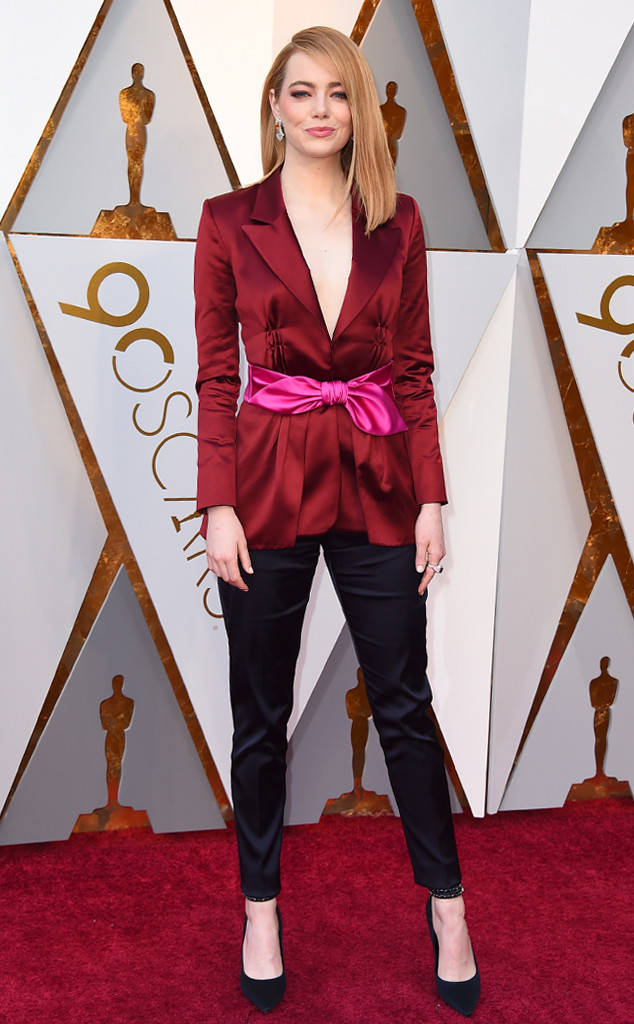 oscars-2018-academy-awards-red-carpet-best-dressed-celebrity-style-fashion-actresses-haute-couture-gorgeous-arrivals-glamour-hollywood-emma-stone-louis-vuitton