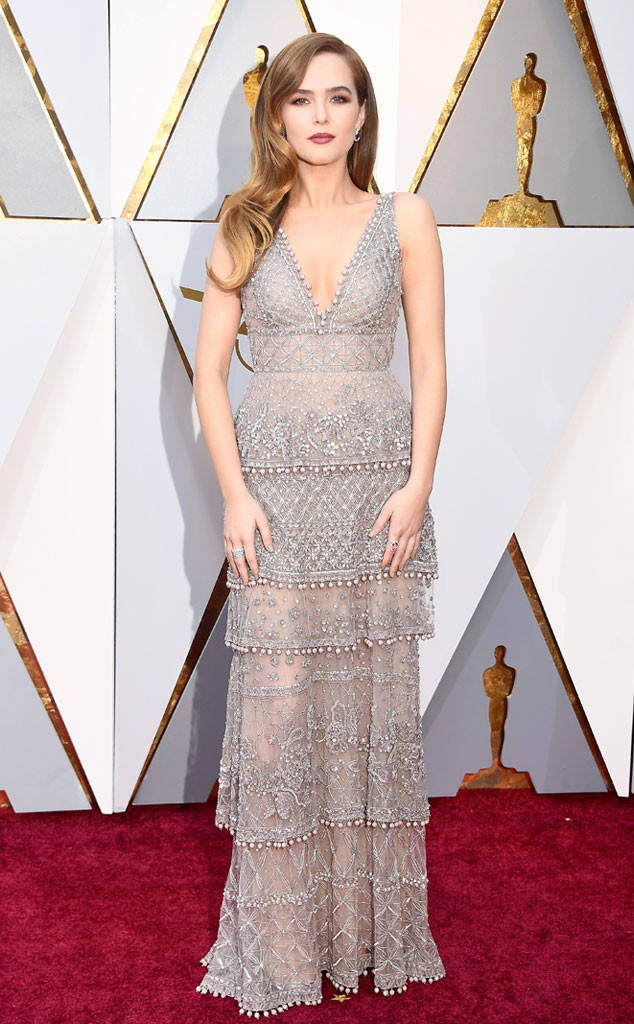 oscars-2018-academy-awards-red-carpet-best-dressed-celebrity-style-fashion-actresses-haute-couture-gorgeous-arrivals-glamour-hollywood-zoey-deutch-elie-saab